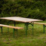 Baldų komplektas laukui | 1 stalas ir 2 suolai; 2×0,70 m, 2,15×0,80 m | 14,-