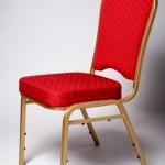 raudona kėdė